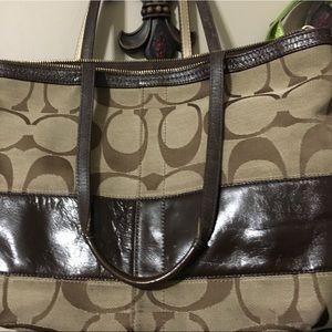 Coach Handbag Medium Size